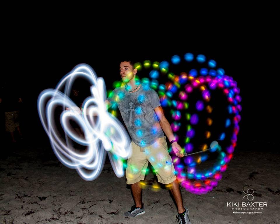 Kiki Baxter     Web Photo Editor